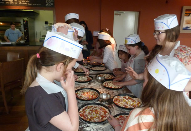 kidspizza-P1030359